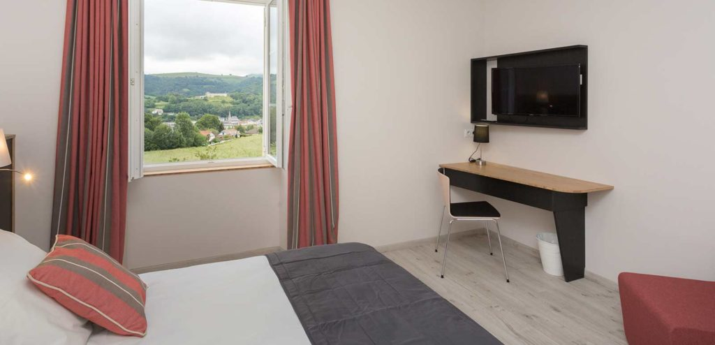 JUNIOR SUITE ou CHAMBRE FAMILIALE